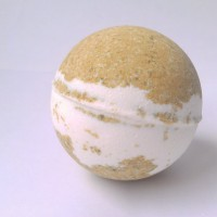 bath bomb vanilla supreme